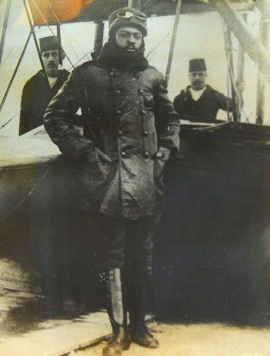Ahmet Ali Effendi, Pilot Pertama di Dunia yang Berkulit Hitam 1916 dari Borno (Nigeria)