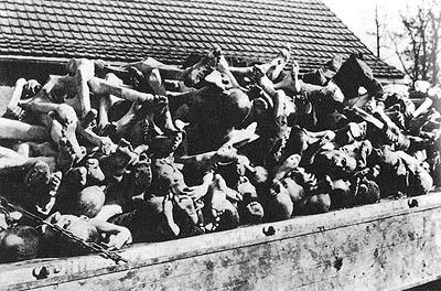 Foto genosida brutal Nazi yang dilakukan di kamp-kamp konsentrasi terungkap. 11 juta orang telah dibunuh dengan metode pemusnahan massal yang mengerikan.
