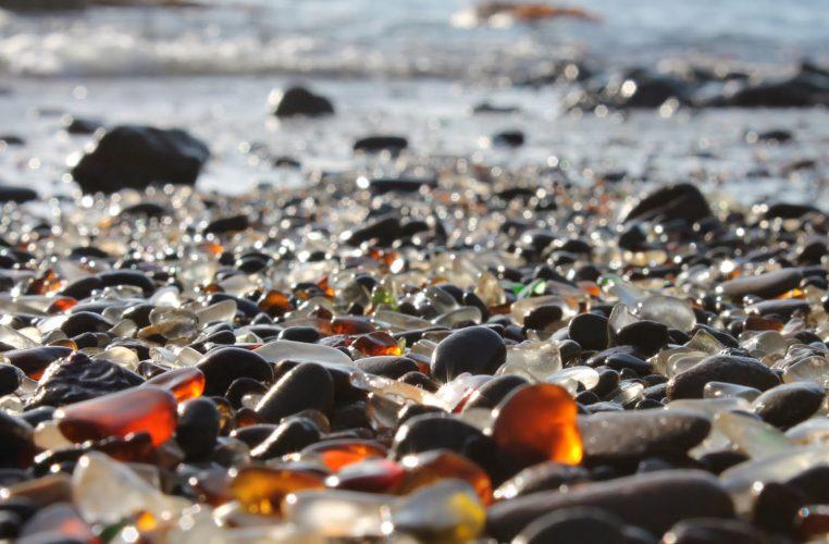 Pantai Kaca di California Ini Membuat Kamu Ingin Traveling Ke Sana